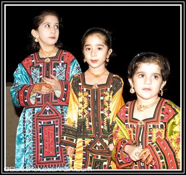Pakistan clipart national dress pakistan #8