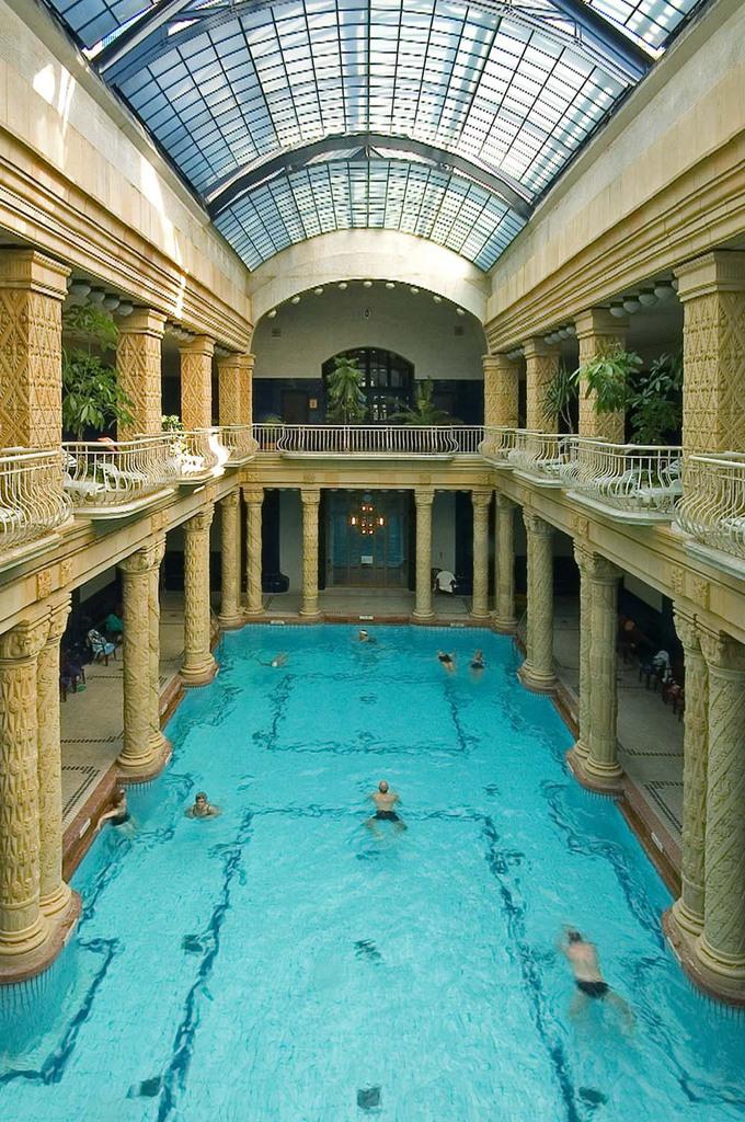 – Bath Gellert Gellert Budapest