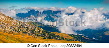 Panorama clipart valley  Photographs panorama of Foggy