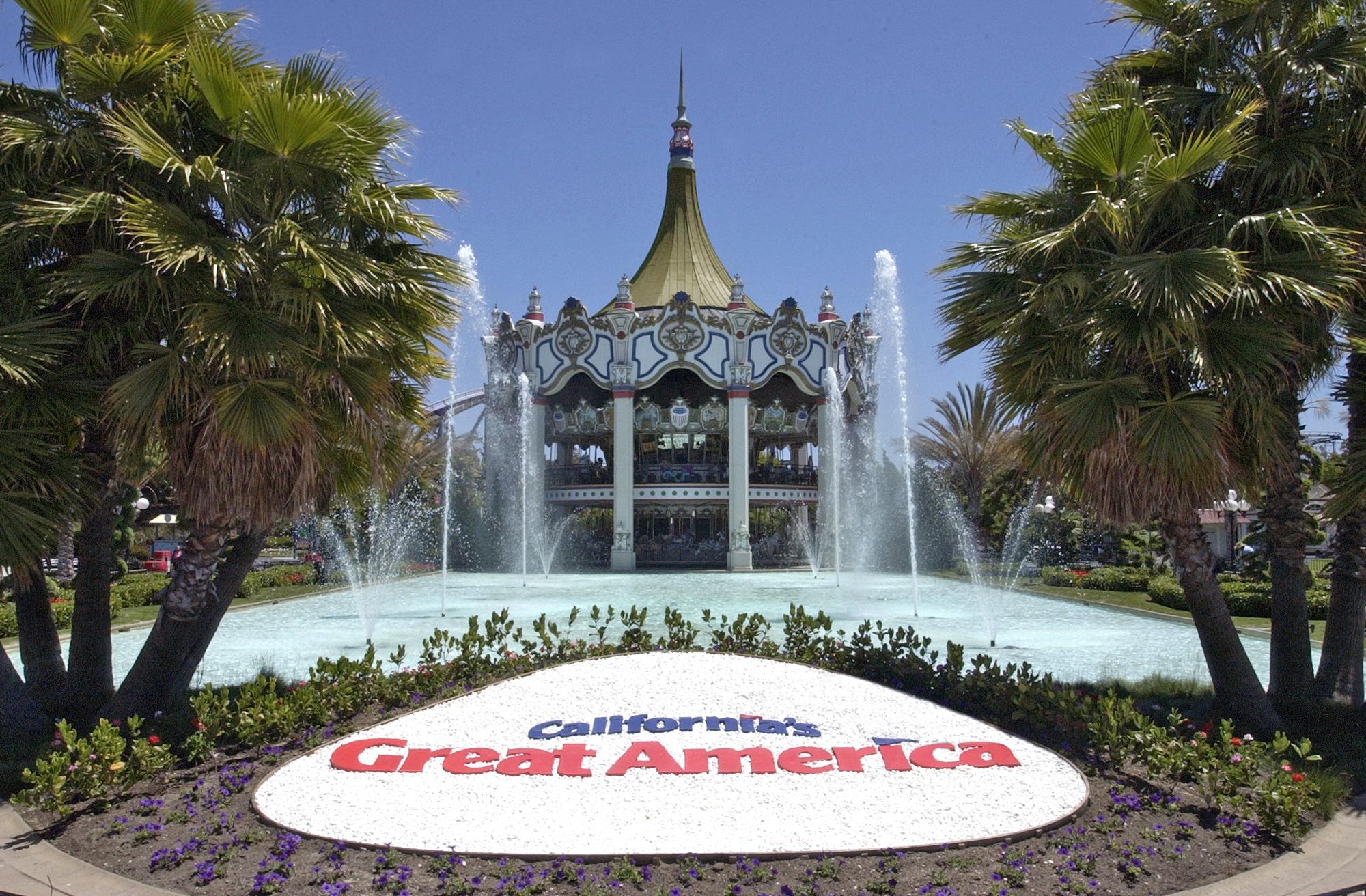 Park clipart great america Santa America Clara Visit Awesome