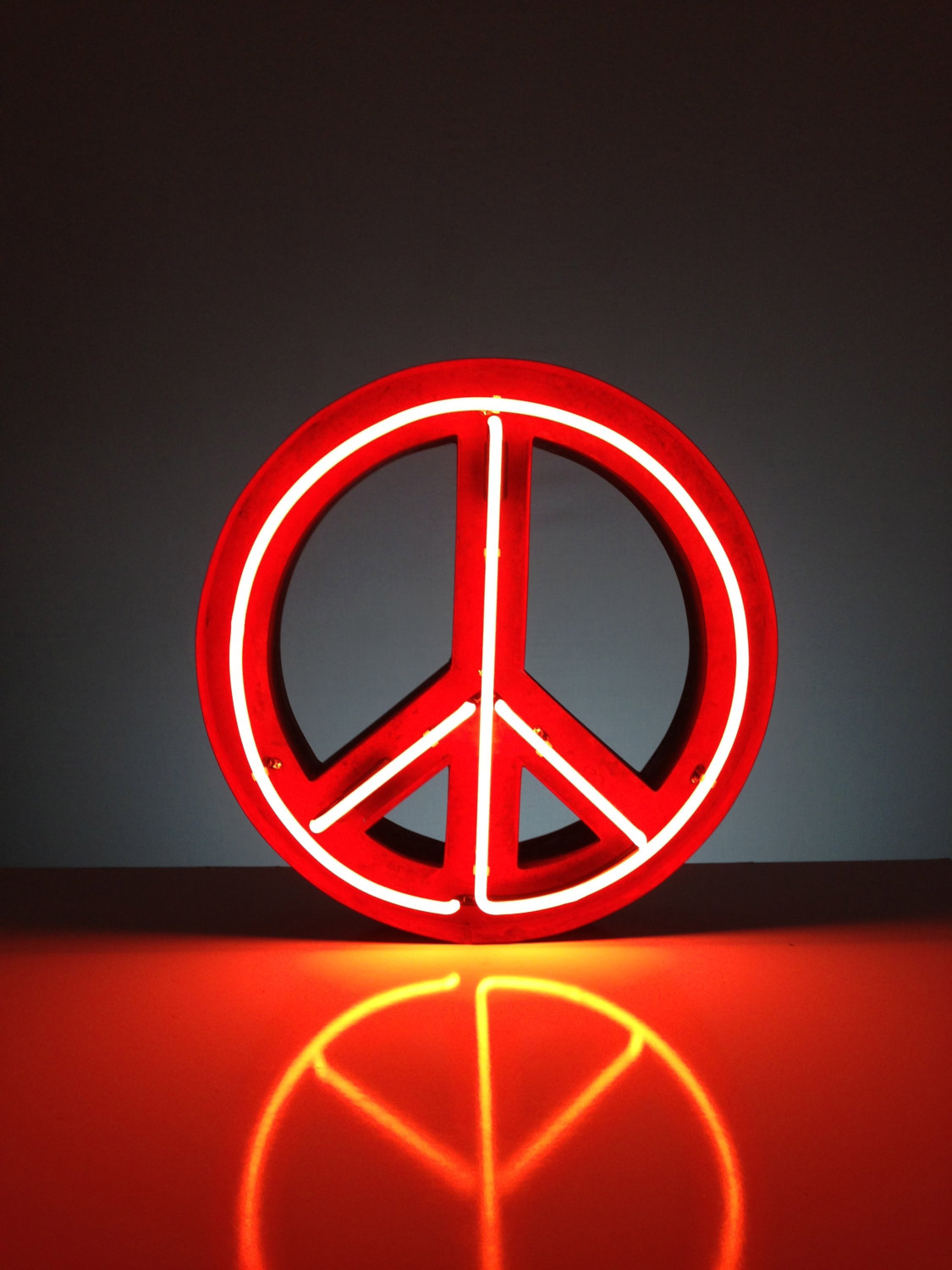 Peace Sign clipart neon Signs  Neon Peace Tags