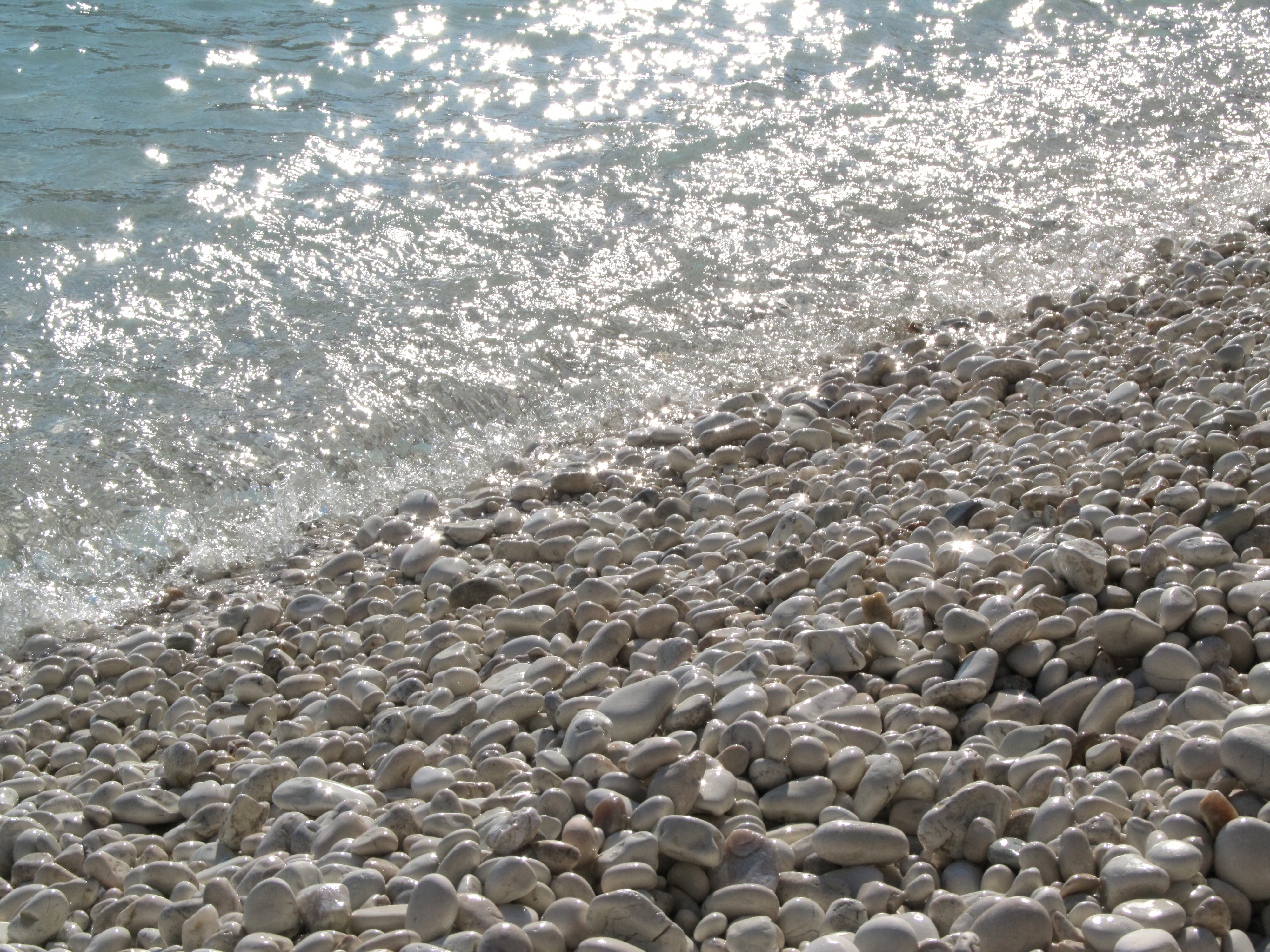 Pebbles clipart beach shore View Gallery Background full Yopriceville