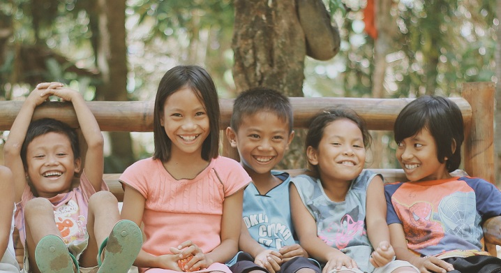 Phillipines clipart child group work #2