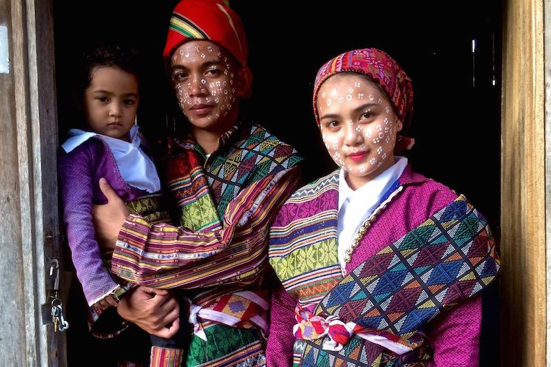 Phillipines clipart child group work #5