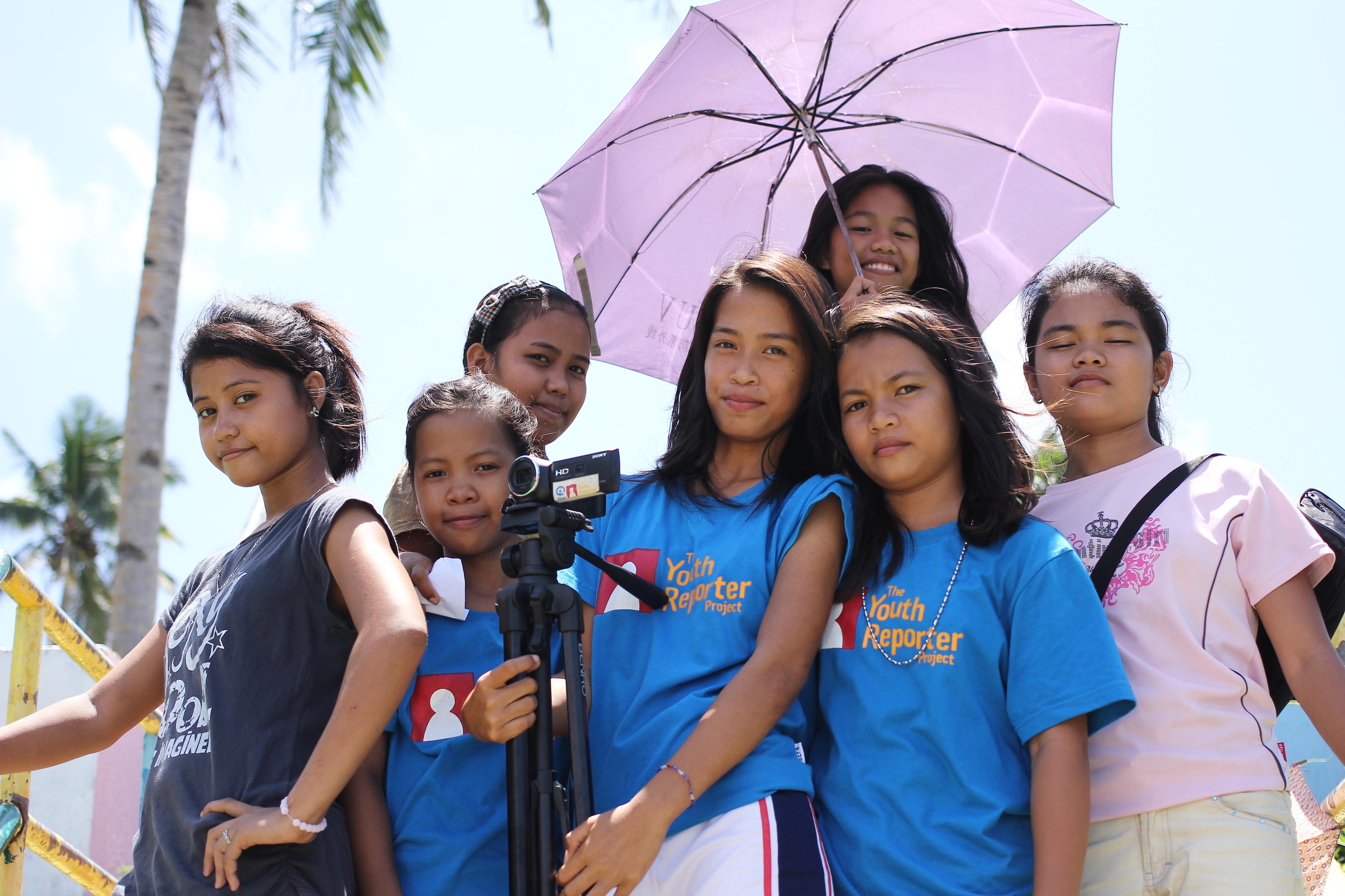 Phillipines clipart child group work #9