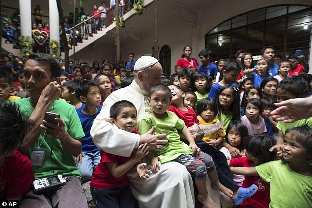 Phillipines clipart child group work #1