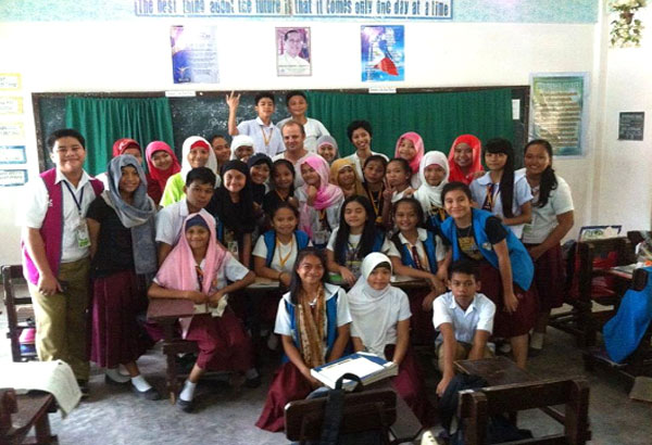 Phillipines clipart diverse classroom For Understanding peace Education conflict: