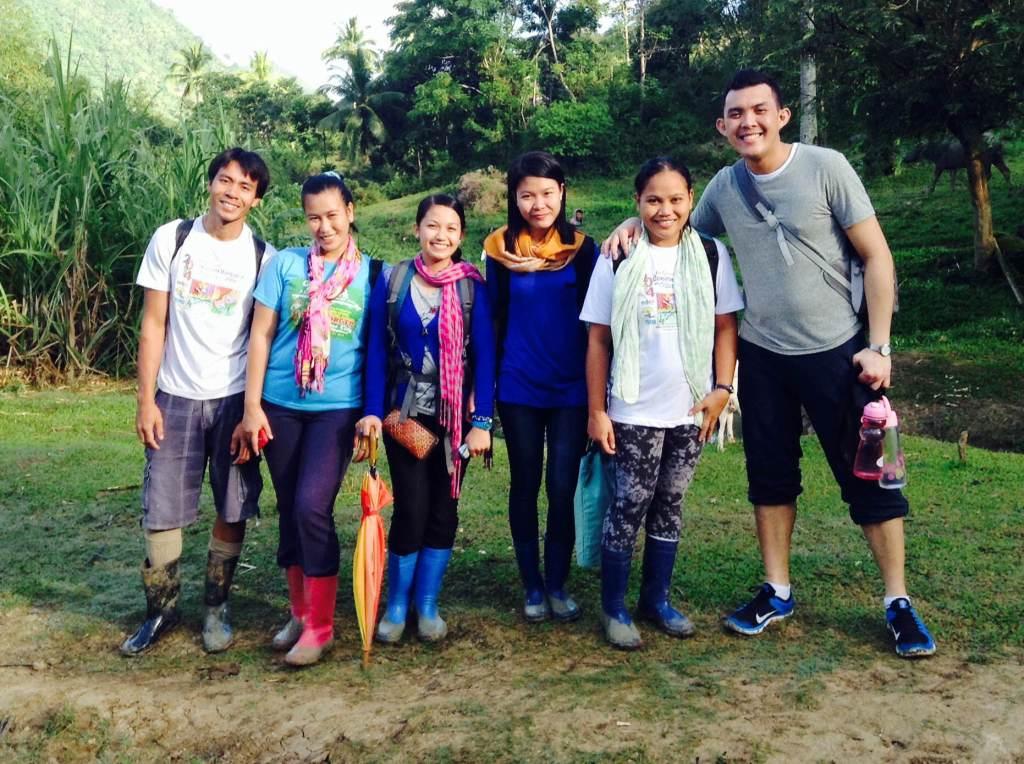 Phillipines clipart child group work #12