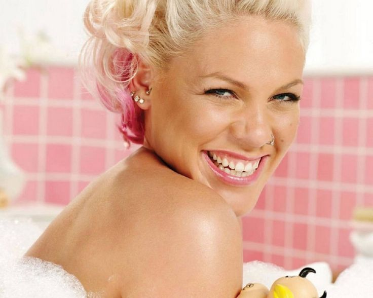 Pink Hair clipart performer Pink Singer Wallpaper Singer 20+