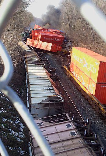 Railway Station clipart train crash Crash best Pinterest Train 30