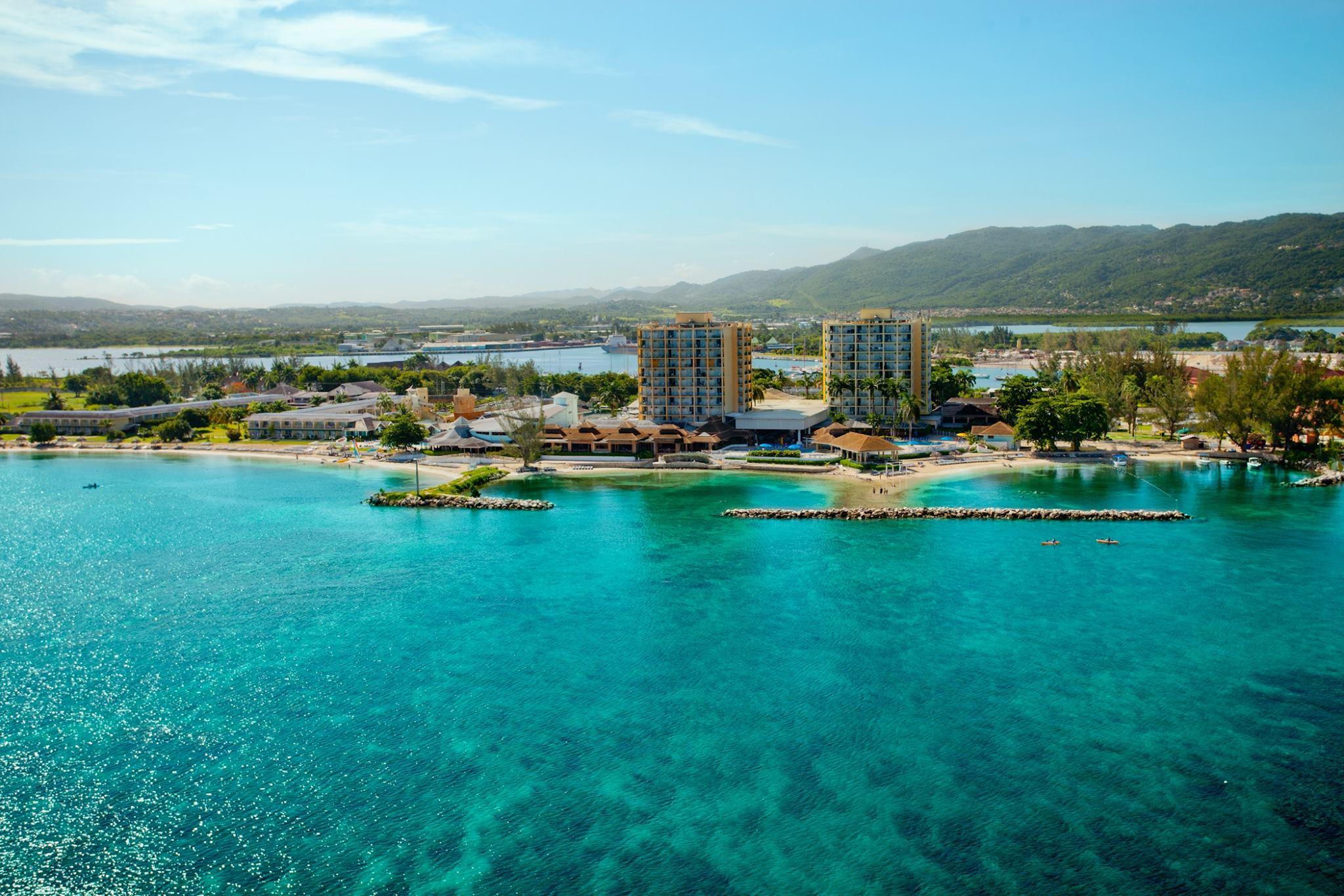 Resort clipart beach water Fabulous 3884846 1440697697 27 Need