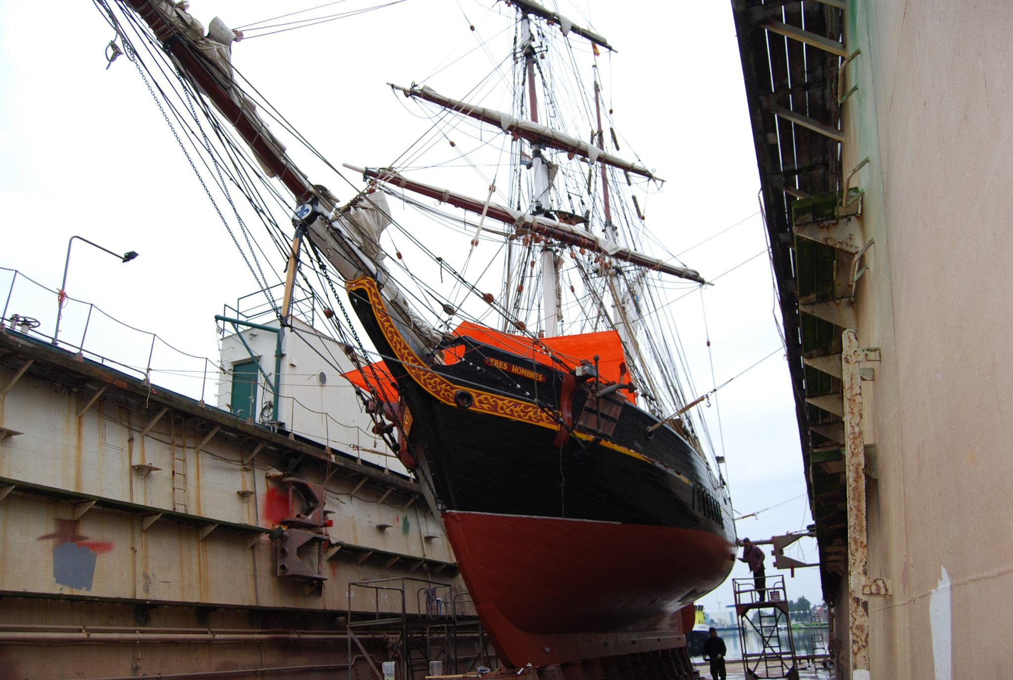 Sailing Ship clipart history subject Tres Rebuilt Fairtransport A eu