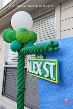 Sesame Street clipart light post Like  Lamp site Up