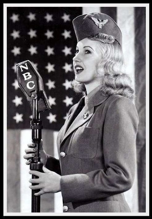 Singer clipart big band Photograph: girl Martha  singer