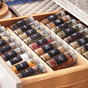Spices clipart spice rack 25+ Hardworking of on a