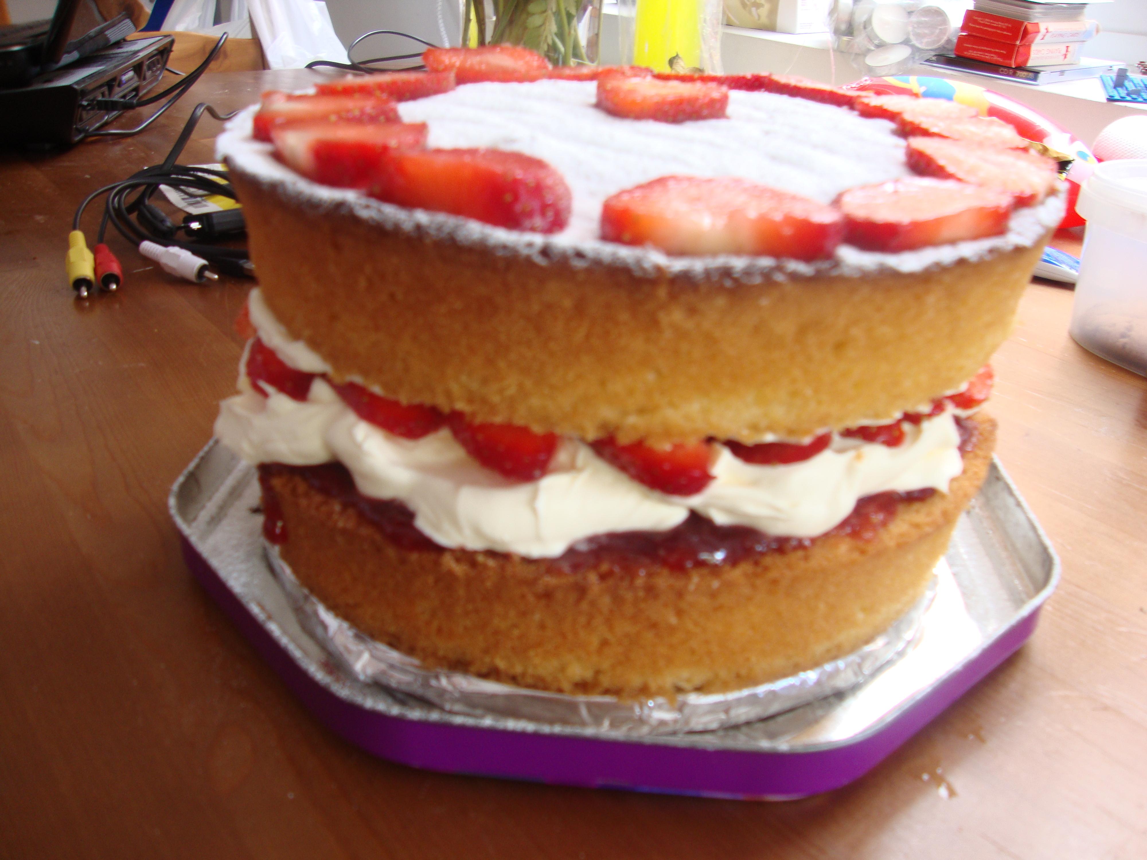 Sponge Cake clipart small cake Cake Cake Large Recipe Chocolate