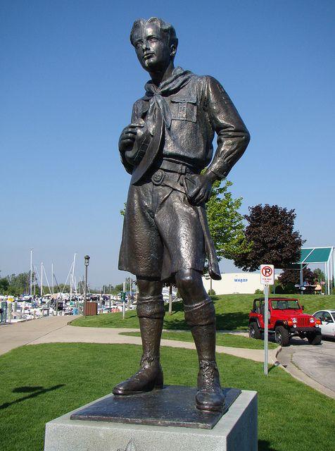 Statue clipart boy scout On Photo Pinterest Statue stuff