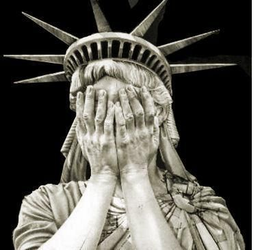 Statue Of Liberty clipart hand There of Statue (lately) 25+