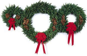 Wreath clipart evergreen garland Wreath Clipart Graphics Free of
