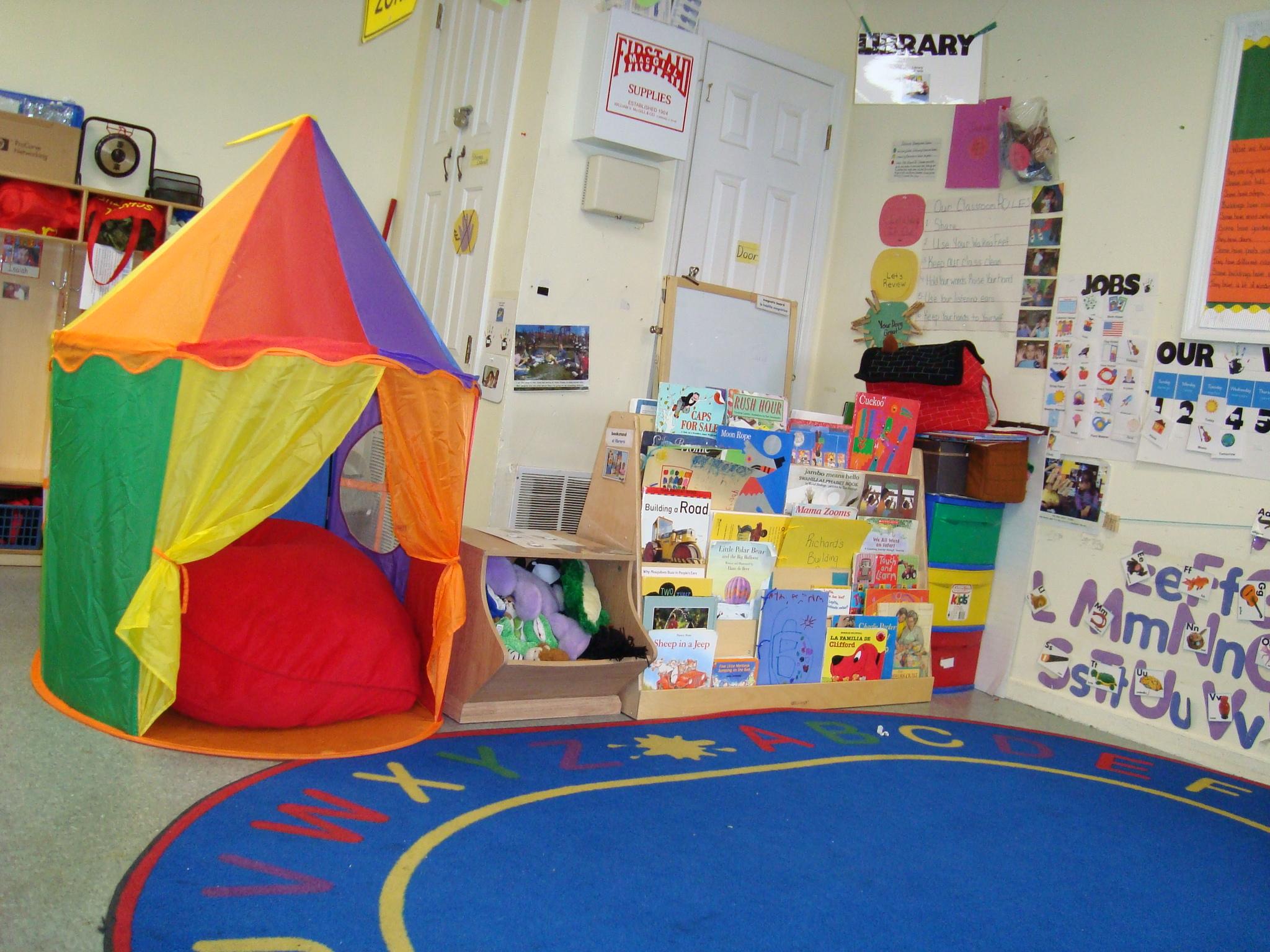 Tent clipart building a Nook Classroom Ideas DIY Reading