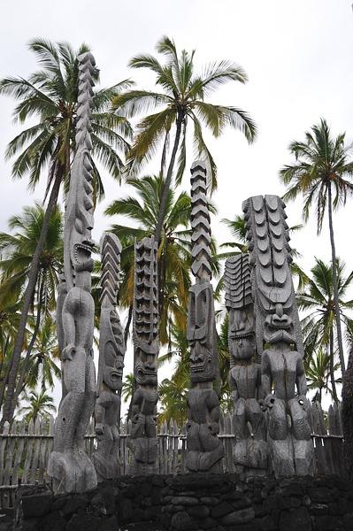Totem Pole clipart tiki man Images Poles Totem Vector totem