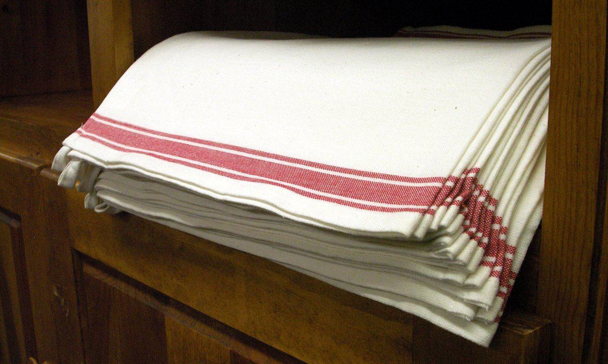 Towel clipart kitchen towel Clipart Clipart Towels Kitchen Towels