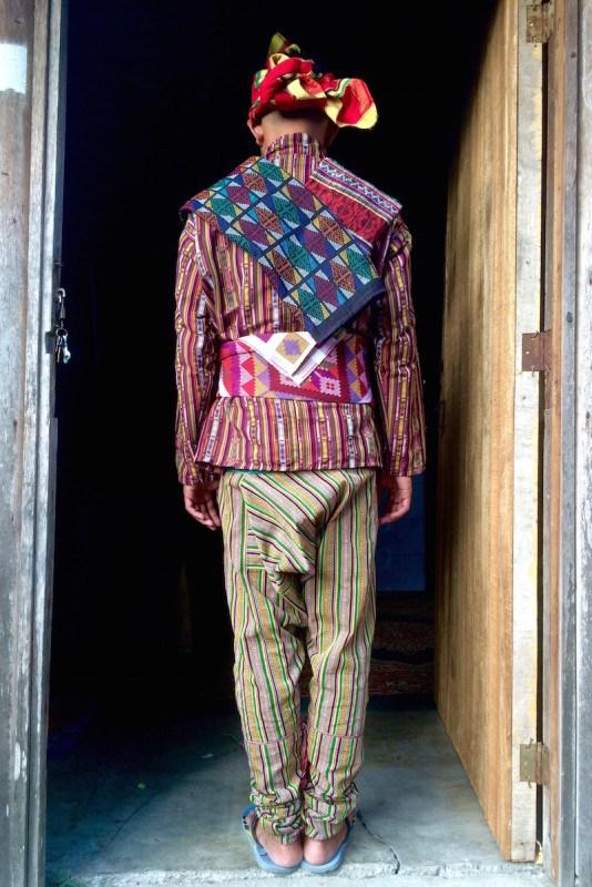 Traditional Costume clipart filipino farmer Weaving  mens Yakan back