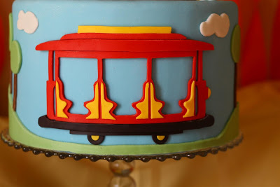 Trolley clipart daniel tiger Knew Patty into Cakes Trolley