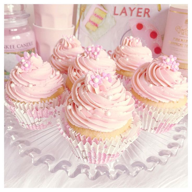 Vanilla Cupcake clipart pink cupcake  frosting strawberry ideas cupcakes
