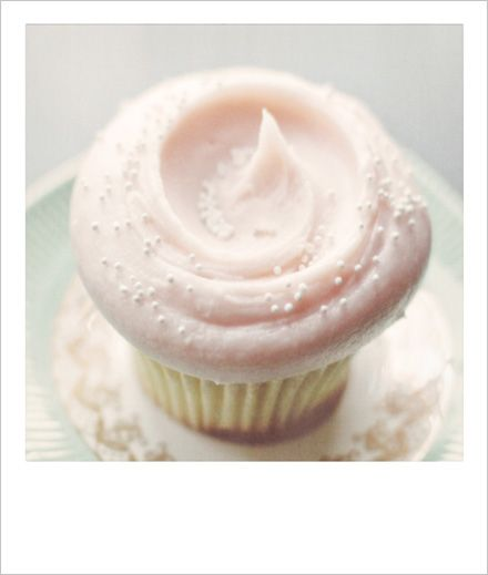 Vanilla Cupcake clipart pink icing Best is on Pinterest cupcake