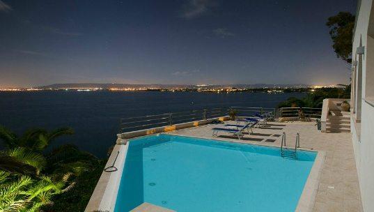 Villa clipart large house Holiday rent and Sicilyluxuryvillas Luxury