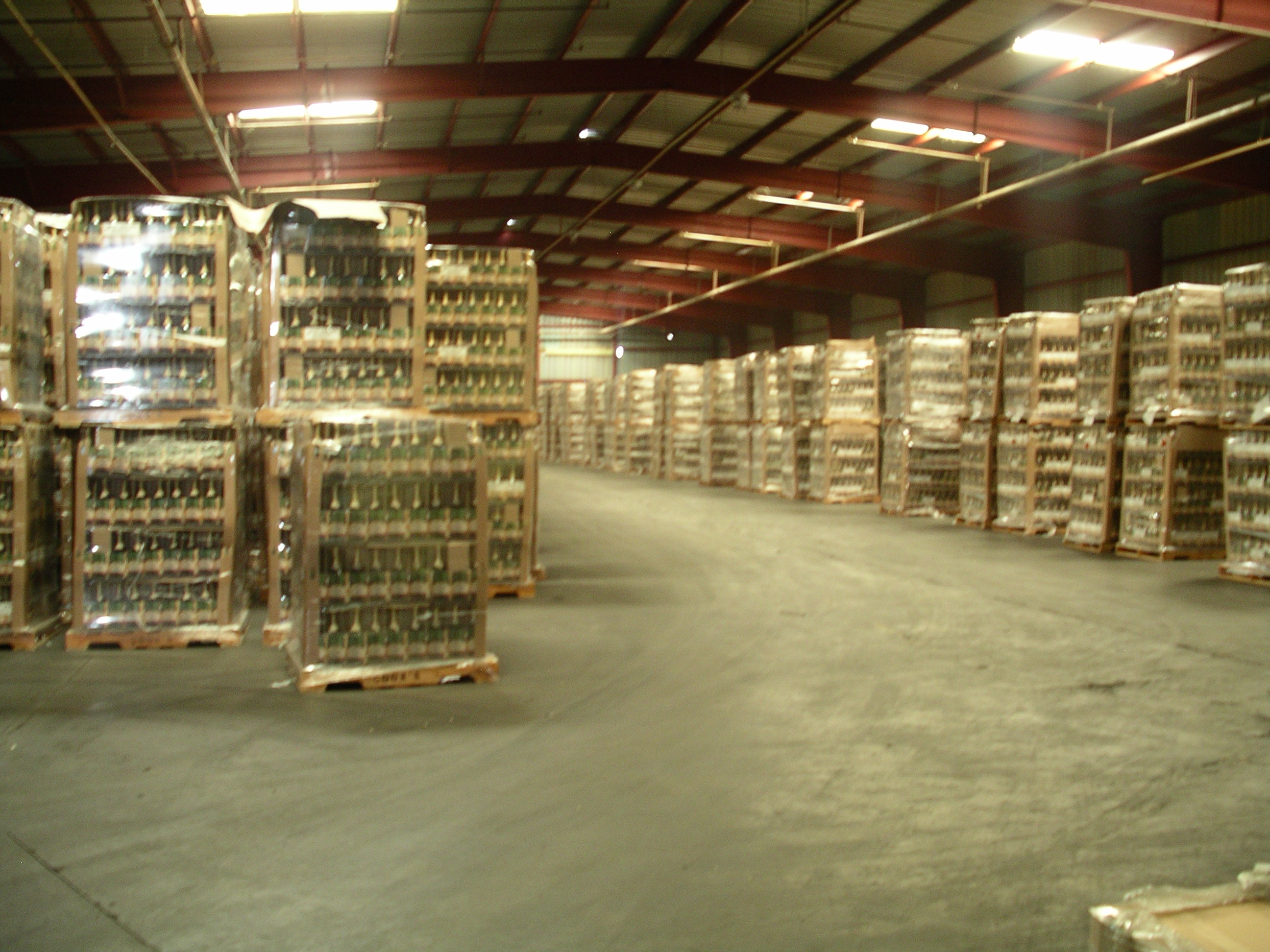 Warehouse clipart storage warehouse Distribution storage and warehouse