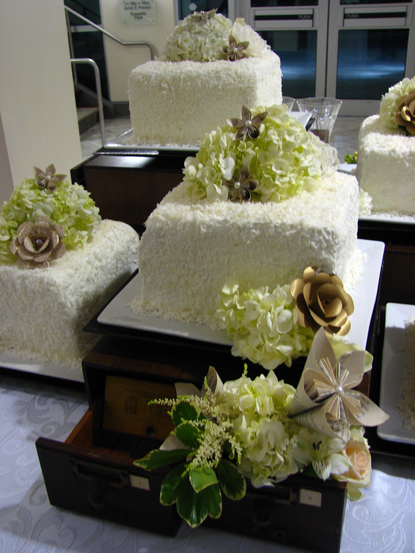 Wedding Cake clipart wedding day Cake of : Cake Weed