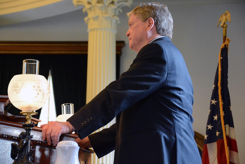 White House clipart legislative bill White a Jerry To President