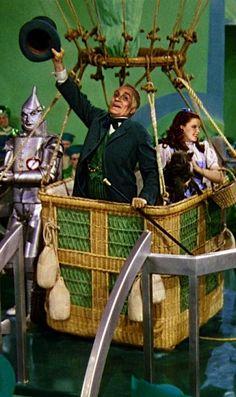 Wizard Of Oz clipart hot air balloon WIZARD The of Wizard oz