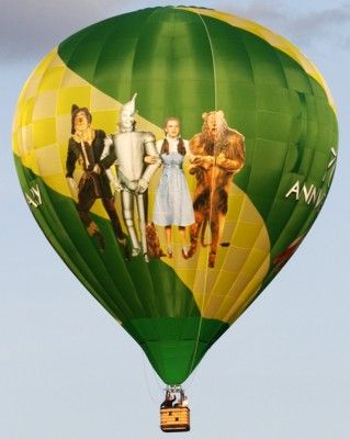 Wizard Of Oz clipart hot air balloon On  Find Pin this