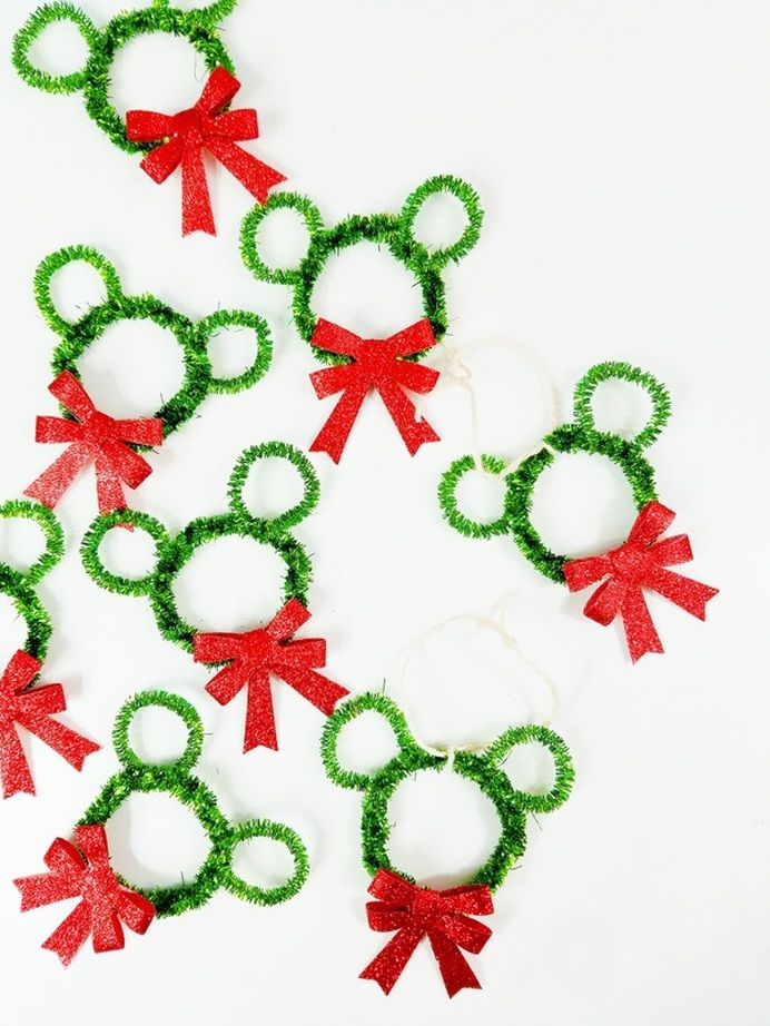 Wreath clipart mouse  25+ on Ornaments Waltz
