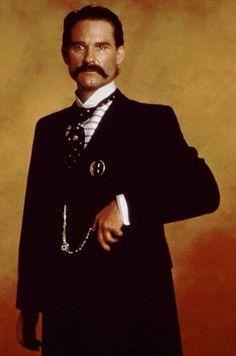 Wyatt Earp clipart dead man And Wyatt Tombstone Holliday Pinterest