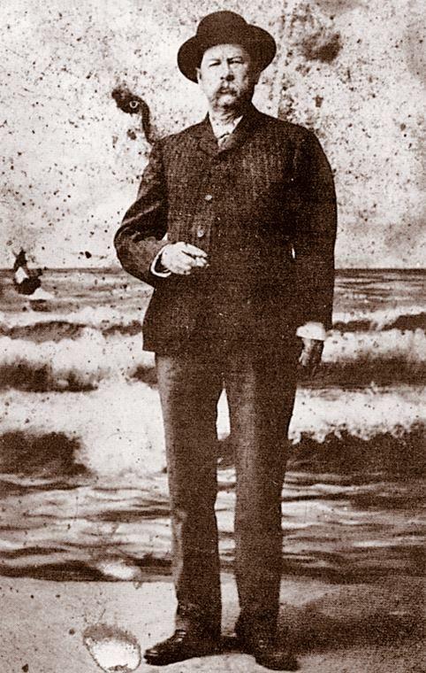 Wyatt Earp clipart dead man Bad & on left after