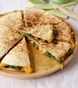 Calzone clipart quesadilla