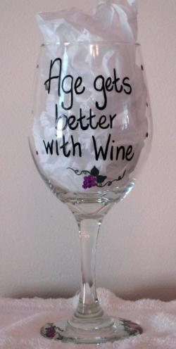 Drawn spectacles wine glass