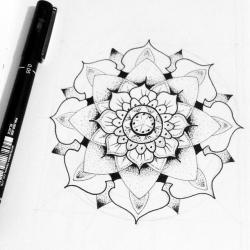 Drawn flower dot