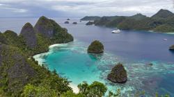 Drawn islet paradise island