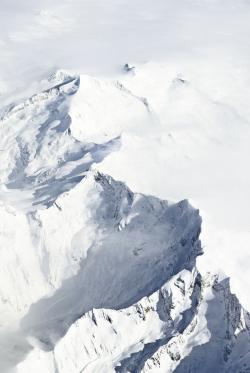Drawn snowfall ice mountain