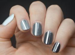 Drawn nail grey
