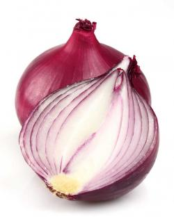 Drawn onion sliced onion