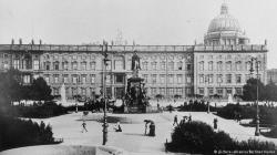 Drawn palace berlin