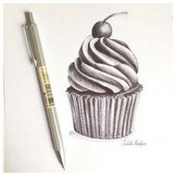 Drawn pen cupcake