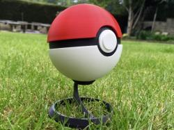 Drawn pokeball football net