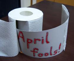 Drawn ribbon toilet roll